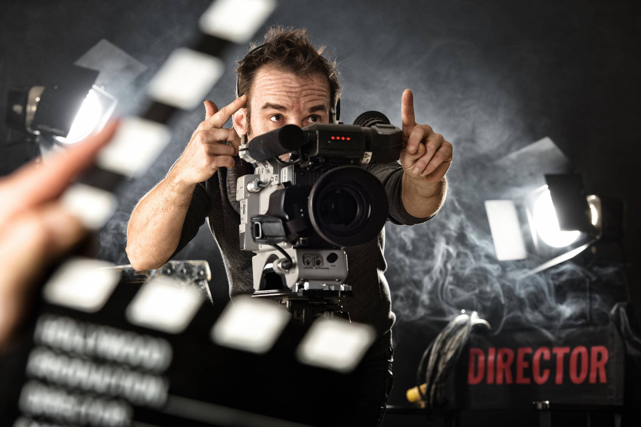 Kuinka valita ohjaaja elokuvalle?