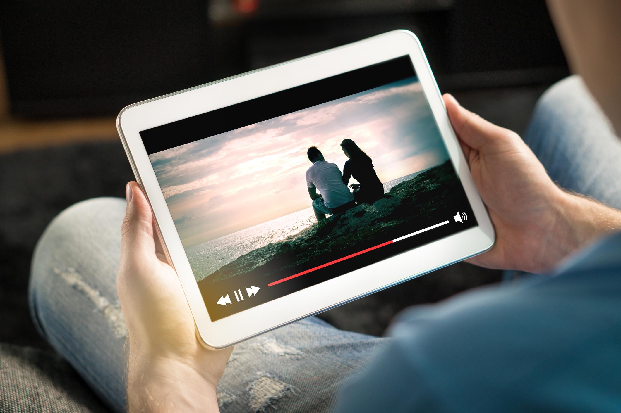 Kuinka saada oma elokuva näkyville?
